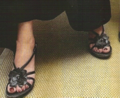 virginie affaire tron pieds.jpg